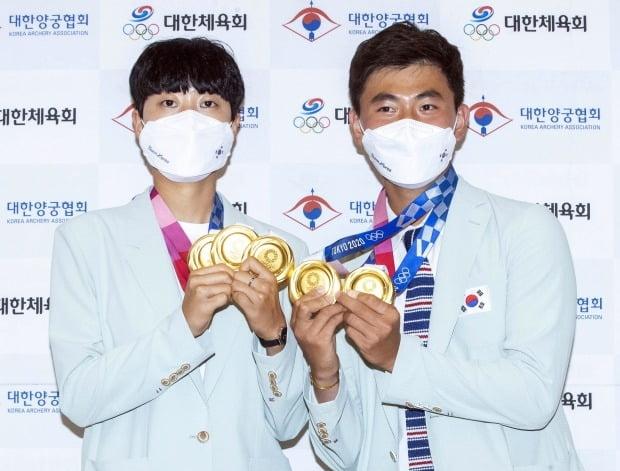 도쿄올림픽에서 각각 3관왕과 2관왕을 달성한 안산, 김제덕 선수 /사진=연합뉴스