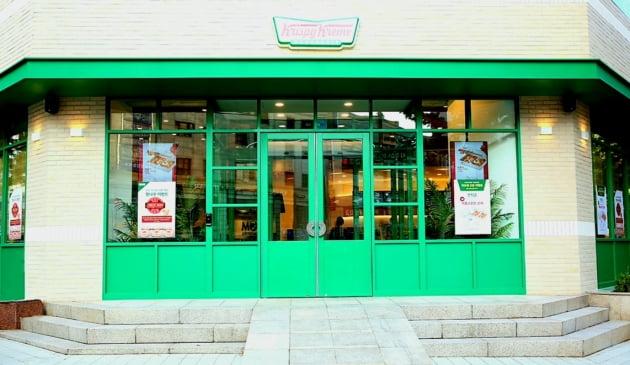 크리스피크림도넛, 미래형 콘셉트 인테리어 접목한 '수원인계점' 리뉴얼 오픈