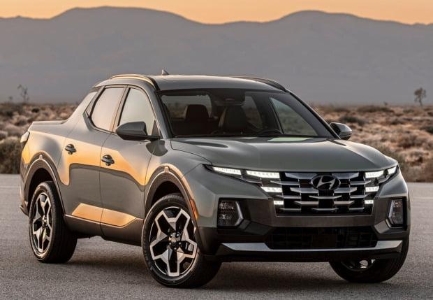 현대차가 미국에 출시한 싼타크루즈가 NWAPA가 선정하는 '2021 베스트 픽업트럭'에 올랐다.  /사진=현대차