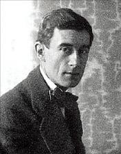 프랑스 작곡가 모리스 라벨(Maurice Joseph Ravel)의 모습. 사진 출처=한경DB