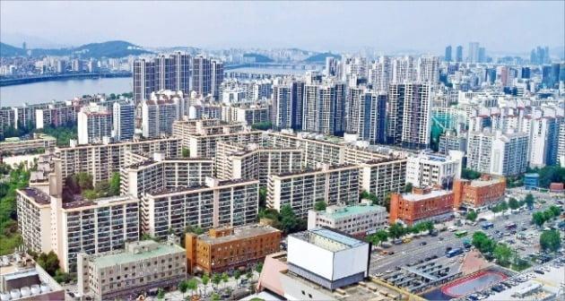 서울시 서초구 반포·잠원동 일대의 아파트들. / 자료=한경DB