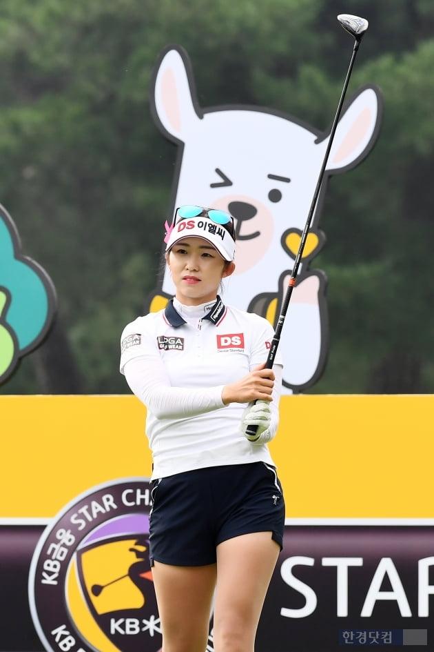 화보 촬영 하는 줄…골프 여신 유현주 | 한경닷컴