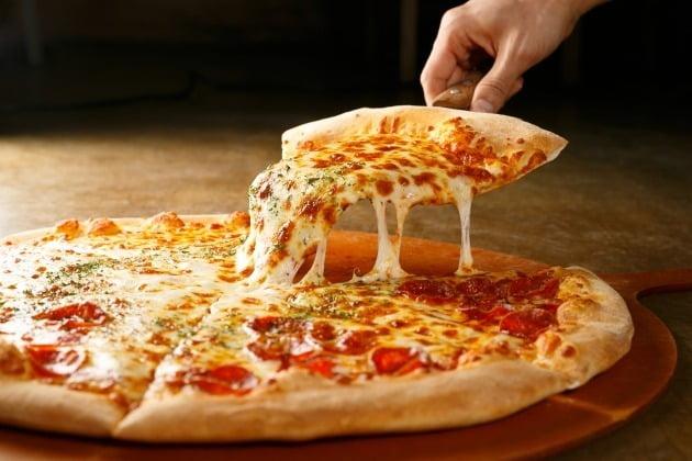 형편이 어려운 한부모 가정에 피자를 선물한 피자가게 사장의 근황이 전해졌다. 사진은 기사와 무관함. /사진=게티이미지뱅크