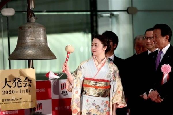 일본 증시가 최근 들어 가파르게 상승하면서 외국인 투자자들 사이에서 재평가 움직임이 일고 있다. 사진은 도쿄증권거래소 모습. 사진=AFP