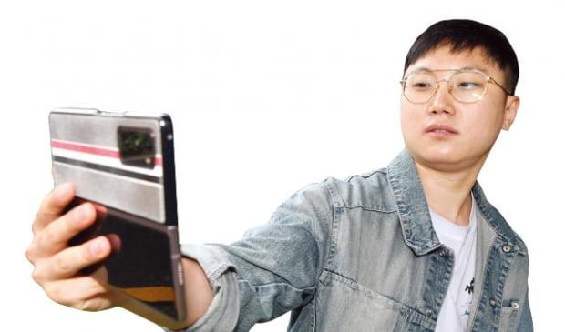 여행영상으로 258만뷰 히트, 직장인 애환담은 콩트로 대박…'유튜브계의 나영석'