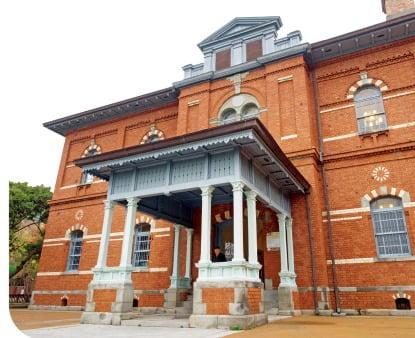 1900년에 지은 목포 일본영사관 건물. 현재는 근대역사관으로 쓰인다.