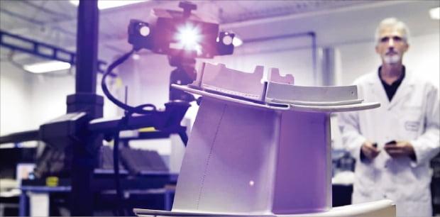 수소혼소 실증사업에 적용할 미국 PSM의 연소기. 한화임팩트는 수소혼소 원천기술을 확보하기 위해 지난 3월 PSM을 인수했다. 한화 제공