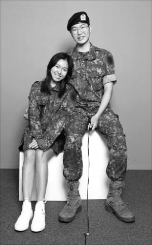 유타대 아시아캠퍼스에 재학 중인 세라 히가시 씨와 남자친구.  유타대 제공
