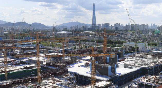 서울 강동구 둔촌동 둔촌주공아파트 공사현장. 출처: 한국경제신문
