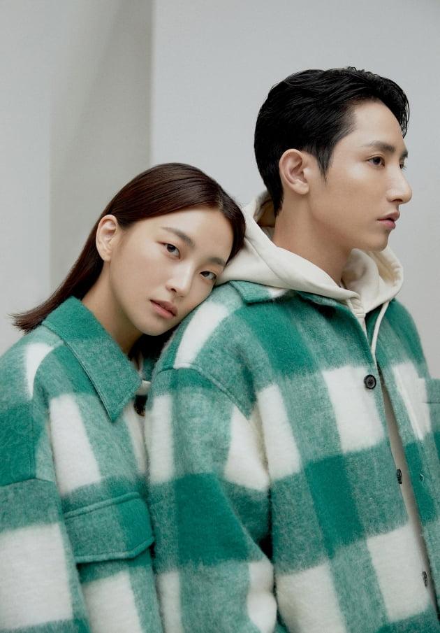 인디에프 컴젠이 이수혁X지이수와 함께한 21FW 광고 캠페인을 공개했다.(/인디에프)