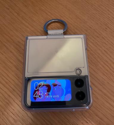 [위클리 스마트] 디자인 승부수 띄운 갤플립3…액세서리 인기 '불티'