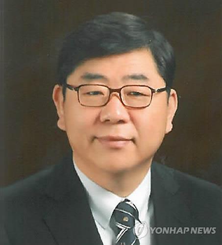검찰, '조례 제정 청탁' 이상동 광주시체육회장에 징역 3년 구형