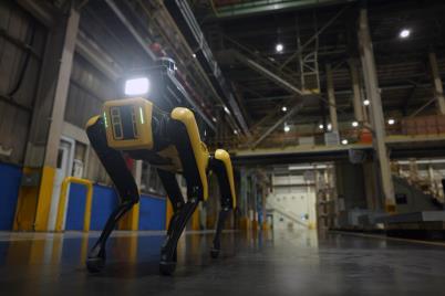 '로봇개'가 불꺼진 공장 순찰하며 고온 위험·무단침입 감지한다