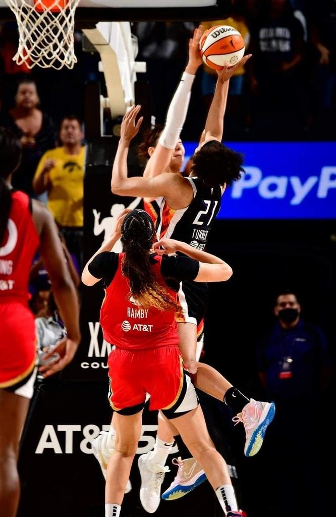 WNBA 박지수, 정규리그 최종전서 팀 승리 지키는 블록슛