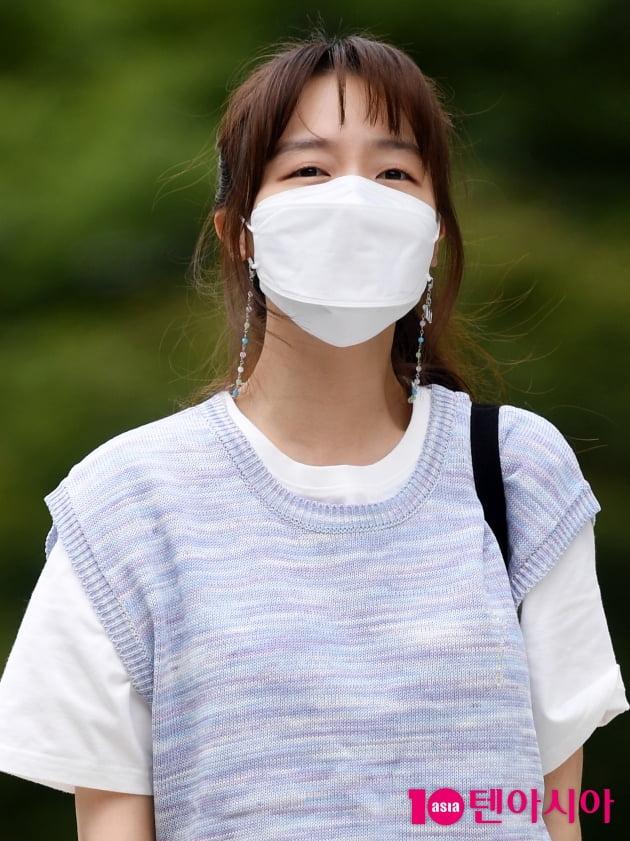[TEN 포토] 방민아 '마스크 넘어 이쁨'