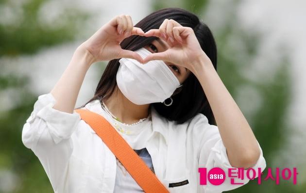 [TEN 포토] 레드벨벳 조이 '아름다운 하트'