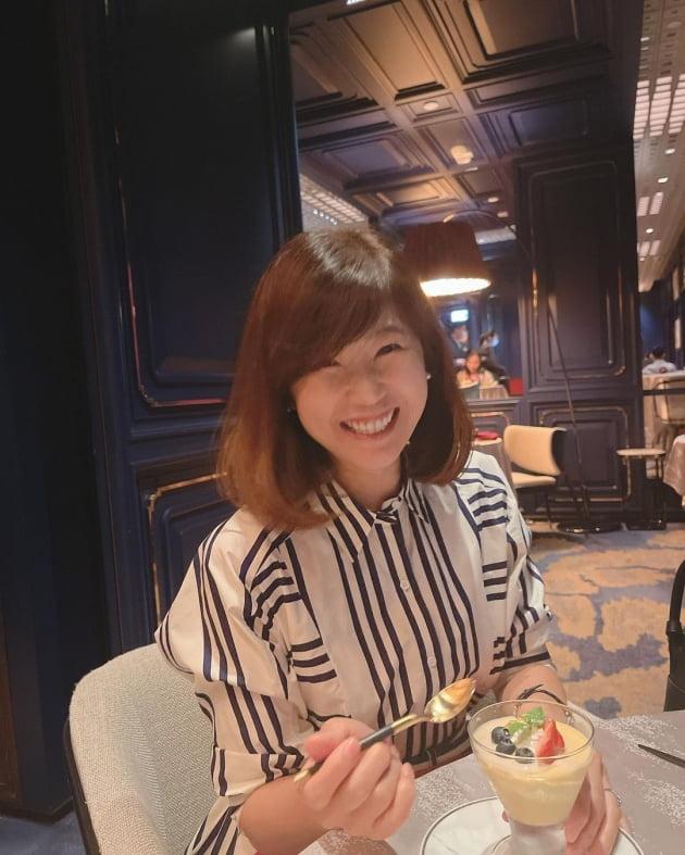 """'홍콩 금융맨♥' 강수정, 김정은 부부와 5성급호텔 미슐랭스타 """"저녁식사, 빵 터짐"""" [TEN★]"""