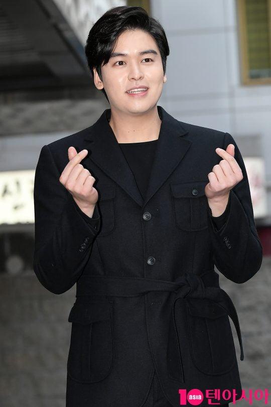 """[우빈의 연중일기] '토실토실' 이장우, """"살찌면 혼나겠다""""더니[TEN스타필드]"""