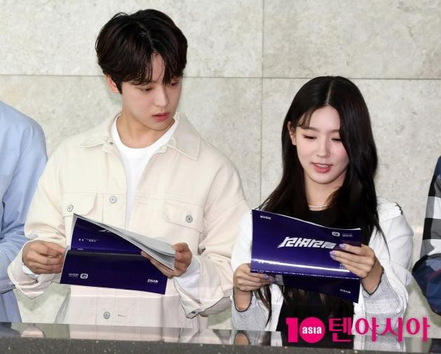 [TEN 포토] 이태빈-여자아이들 미연 '선남선녀'