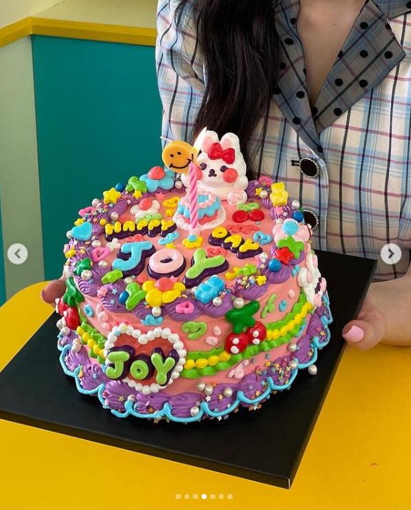 """'크러쉬♥'조이, 미모에 빠져드네...""""생일 축하해줘서 감사""""[TEN★]"""