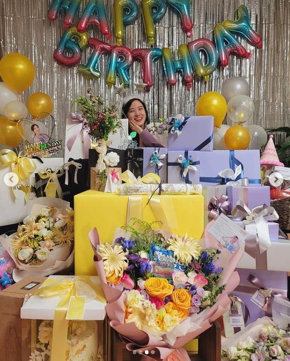 박은빈, 생일 선물 인증...감사합니다[TEN★]