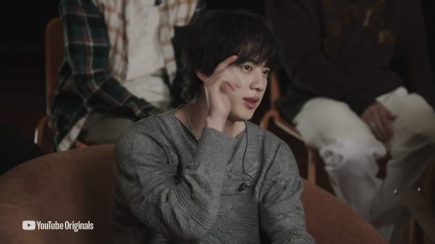 방탄소년단 진, 티저 영상에서도 빛난 사랑스러움 귀염美