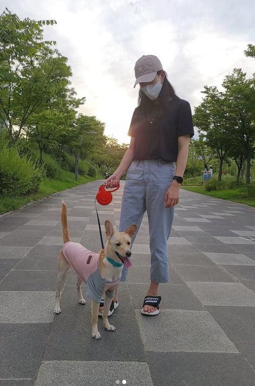 박휘순♥천예지, 17살 나이차가 어때서? 달달한 신혼 근접샷 [TEN★]