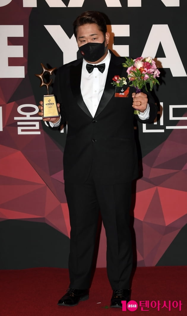 [TEN 포토] 문세윤 '올해의 브랜드 대상 엔터테이너 수상'