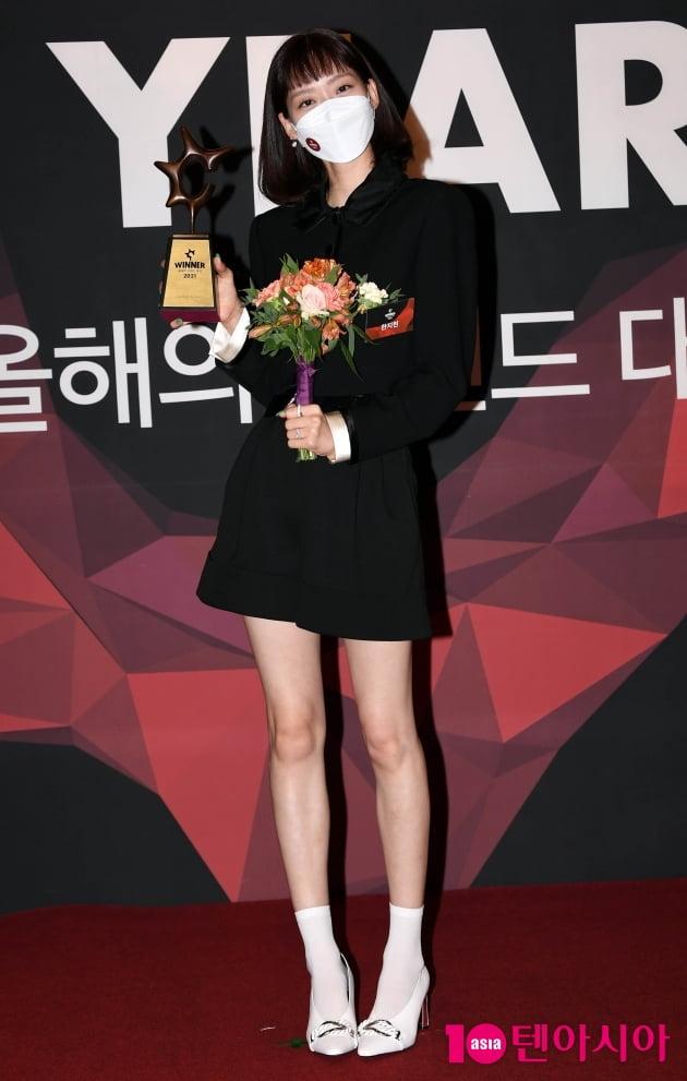 [TEN 포토] 한지현 '올해의 브랜드 대상 신인 여자배우 수상'