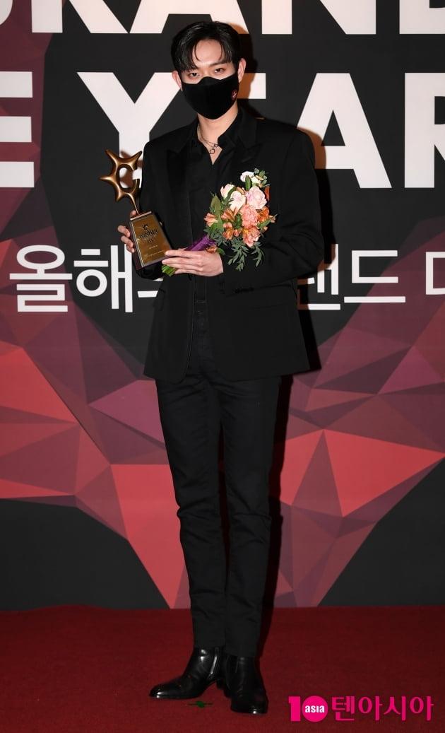 [TEN 포토] 김영대 '올해의 브랜드 대상 신인 남자배우 수상'