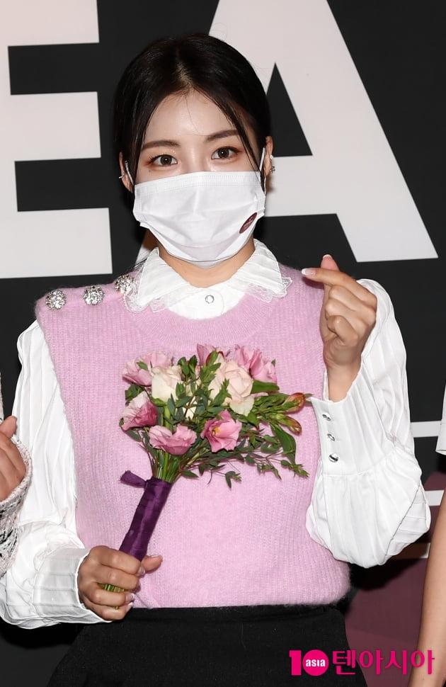 [TEN 포토] 브레이브걸스 유정 '꽃보다 돋보이는 미모'(올해의 브랜드 대상)