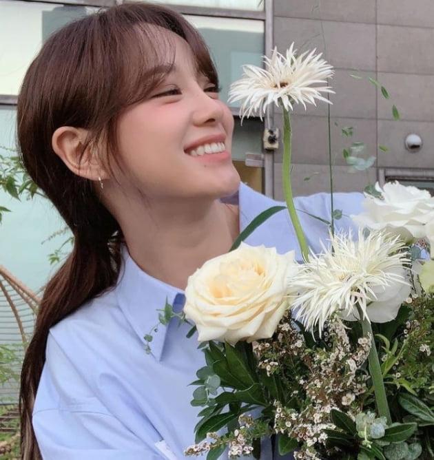 김세정 꽃이 피었습니다 [TEN★]