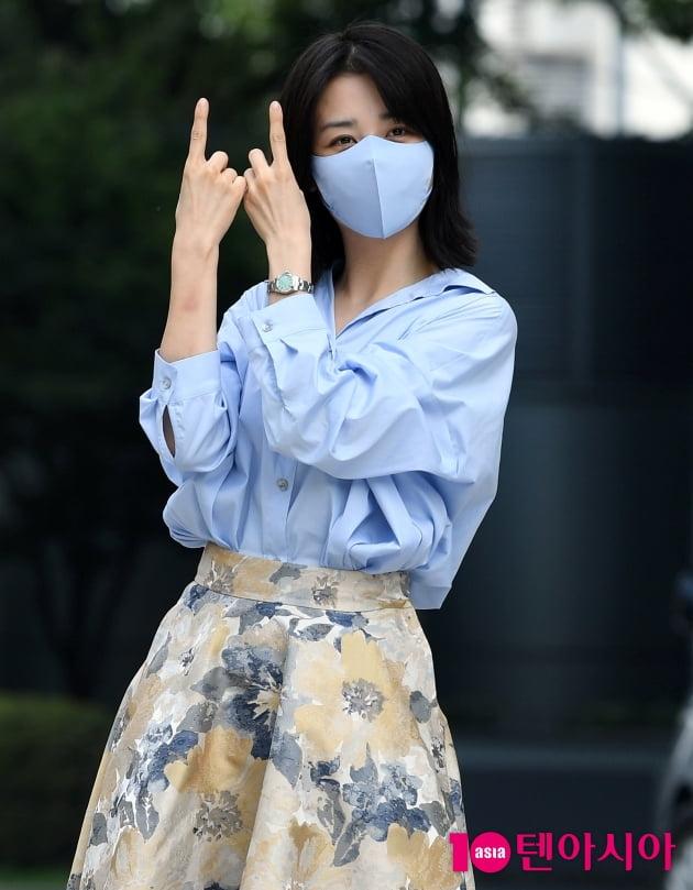 [TEN 포토] 박하선 '씨네타운 청취해주세요 '