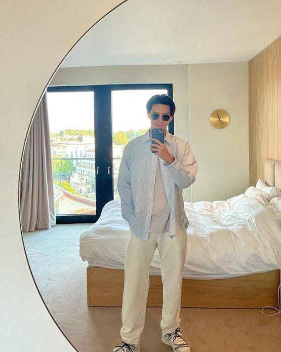 """'마블 히어로' 박서준, 영국에서 """"Morning""""...달콤한 미소[TEN★]"""