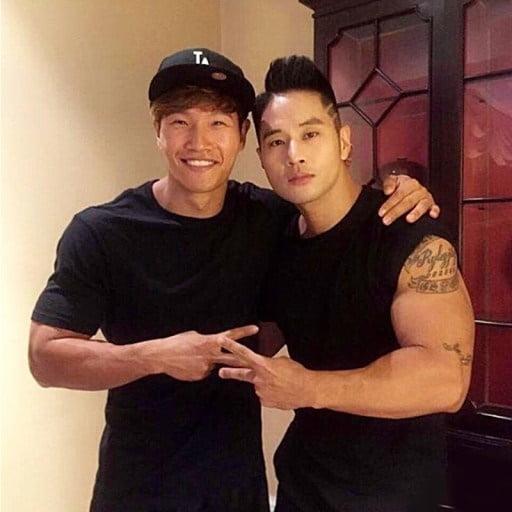 가수 김종국(왼쪽)과 스티븐 유/ 사진=유승준 웨이보 캡처
