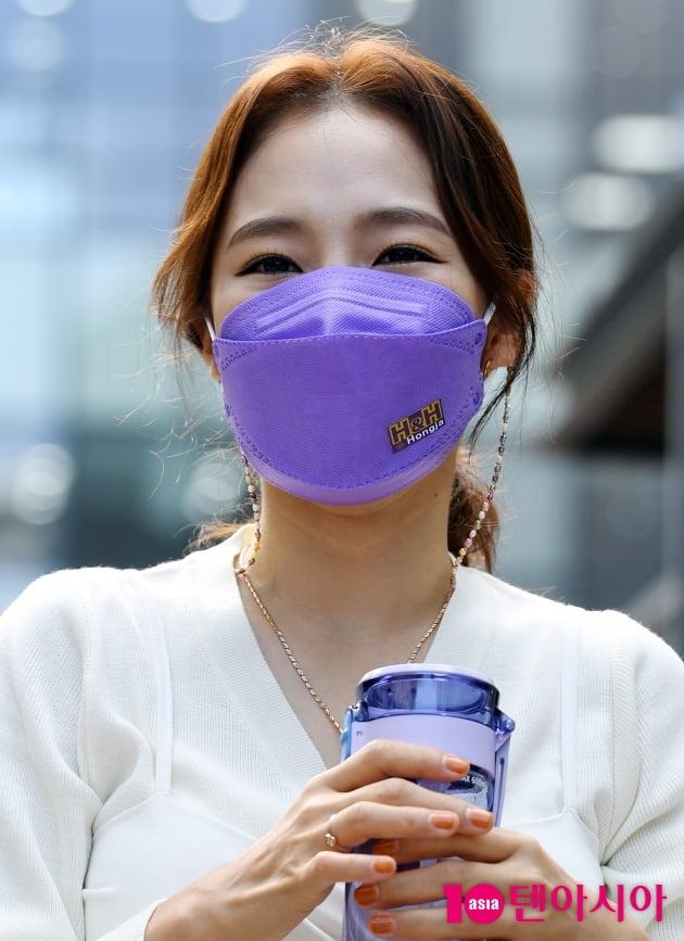 [TEN 포토] 홍자 '환경을 사랑하는 텀블러'