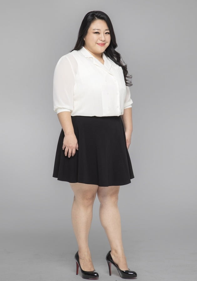 "'33kg 다이어트' 이영현,  ""1년 지났지만, 식단 관리로 요요 없어...평생 유지할 것"""