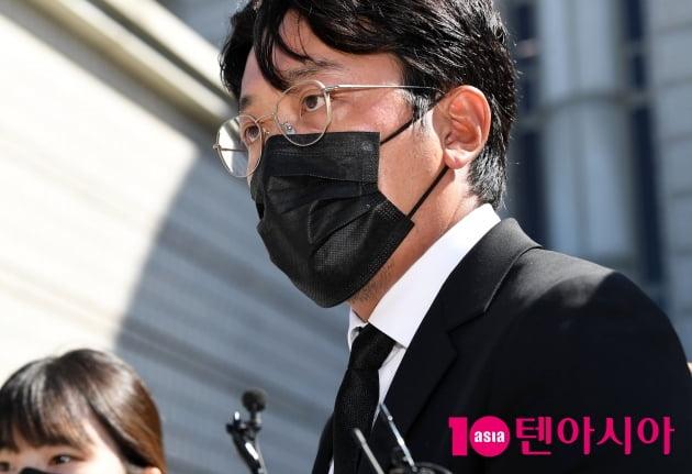 [TEN 포토] '프로포폴 불법 투약 혐의' 하정우 '1심 선고공판을 마치고'