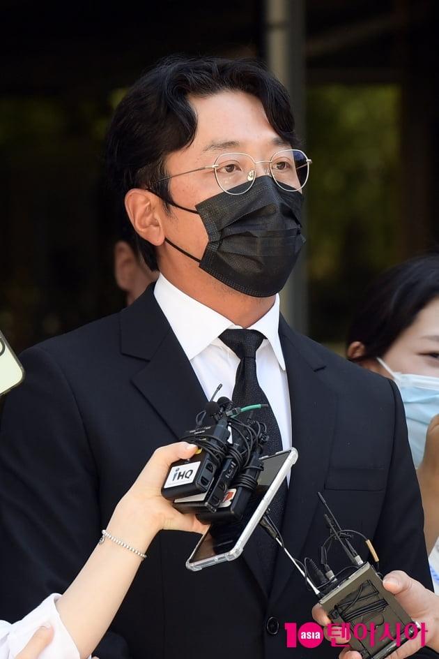"""[TEN 포토] '프로포폴 불법 투약 혐의' 하정우 """"팬들에게 죄송합니다"""""""