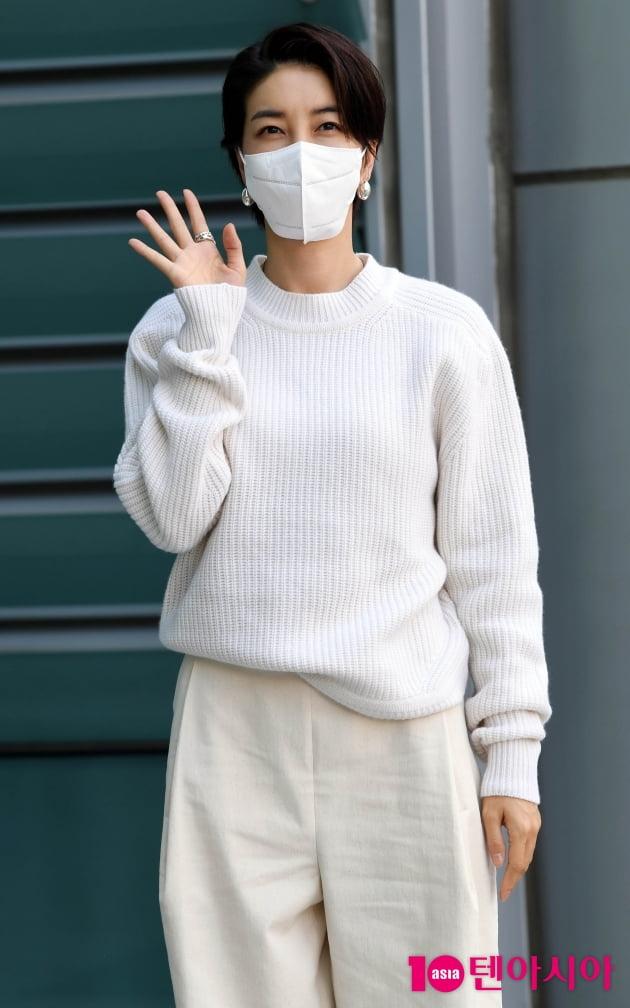 [TEN 포토] 진서연 '오랜만에 드라마로 인사드려요'
