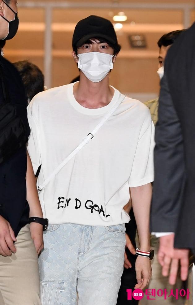 [TEN 포토] 방탄소년단 진 '달콤한 눈빛'