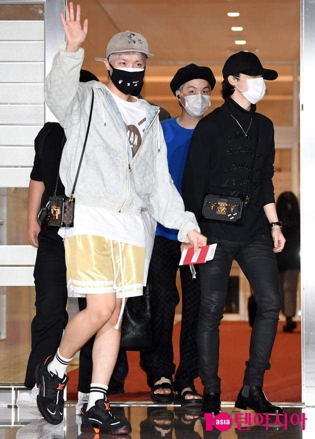 [TEN 포토] 방탄소년단 제이홉-지민-슈가 '대통령 특별사절로 나가요'