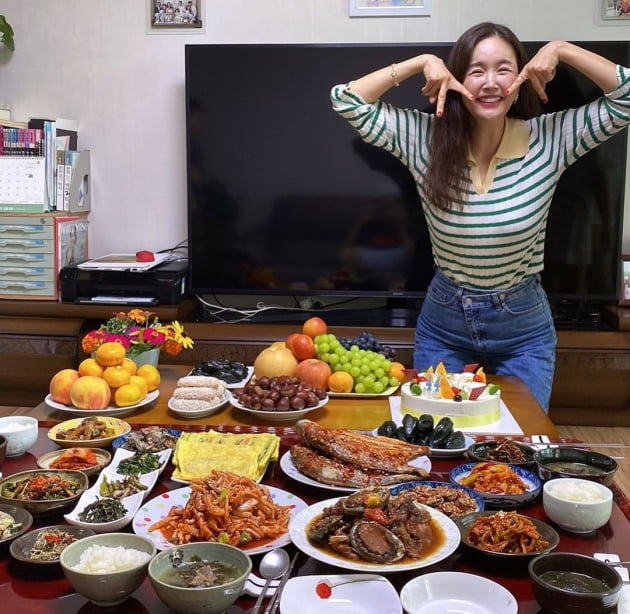 """'한의사♥' 장영란, """"생일상을 2개나"""" 시부모가 차려준 진수성찬에 """"이쁜짓 할게요"""" [TEN★]"""