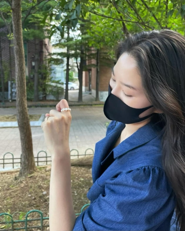"""류이서, ♥전진이 사준 반지·목걸이에 '헤벌쭉'…""""고마워유"""" [TEN★]"""