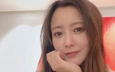 김희선, 45살 믿기 힘든 절세미인