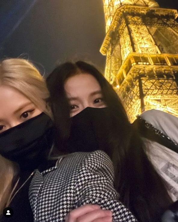 블랙핑크 지수x로제, 에펠탑도 기죽이는 인증샷...프랑스에 요정이 왔어요[TEN★]
