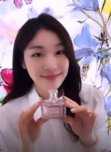 김연아, 가까이 가면 어떤 향기가 날까?…미모 열일중 [TEN★]