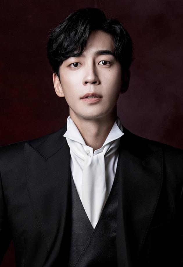 배우 신성록 / 사진 = 오디컴퍼니 제공