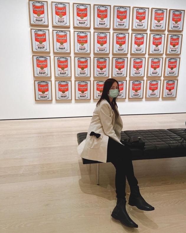 """'결혼 13주년' 손태영, 뉴욕서 만난 ♥권상우에 꼭 붙어서 인증샷 """"알찼던 결기"""" [TEN★]"""