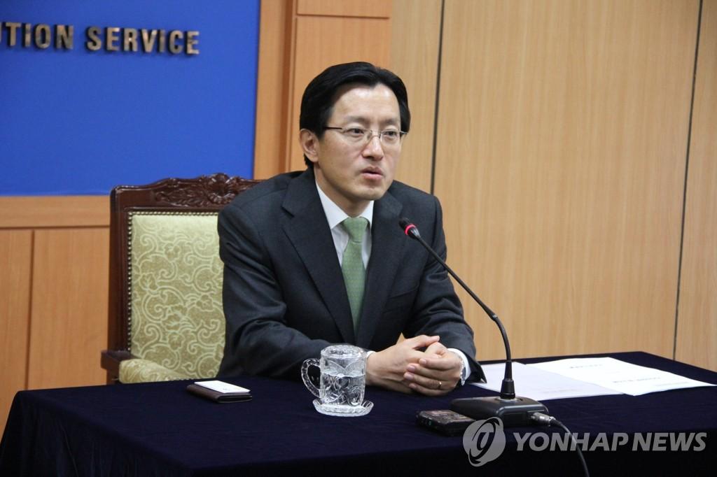 """강찬우 前 수원지검장 """"대장동 로비사건 남욱과 무관"""""""